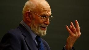 Oliver Sacks, Acclaimed Author, Dies at 82