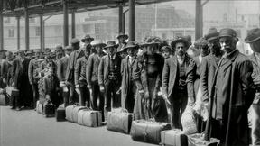 Learn What Spurred Italian Immigration to the U.S.