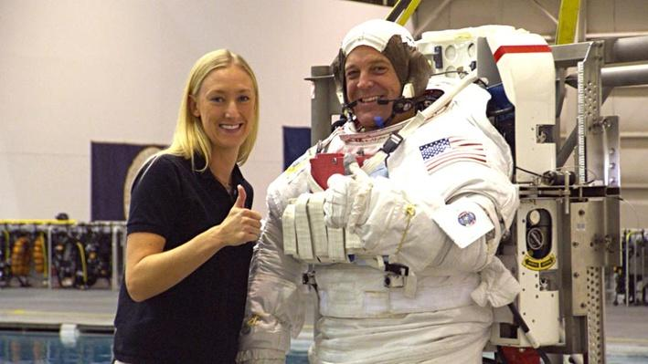 Allison Bolinger: Spacewalk Flight Controller and Trainer