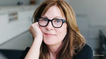 Author Samantha Silva