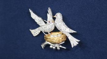 S22 Ep5: Appraisal: Diamond & Ruby Bird Brooch, ca. 1935