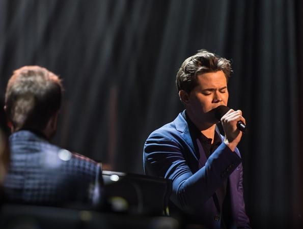 Andrew Rannells in Concert