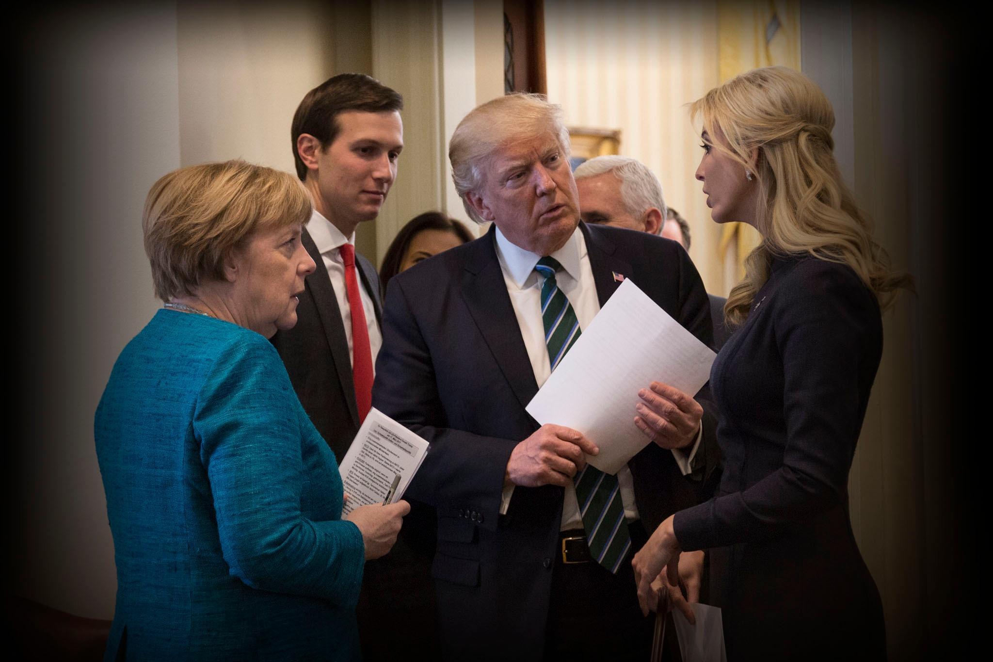 Russian investigation reaches Trump's inner circle