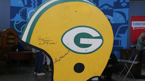 "Antiques Roadshow -- Appraisal: 1967 Green Bay Packers ""Ice Bowl"" Sign"