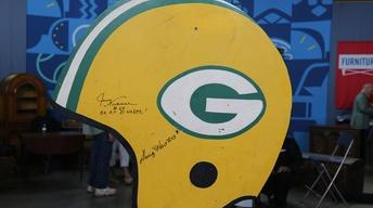 "S22 Ep13: Appraisal: 1967 Green Bay Packers ""Ice Bowl"" Sign"
