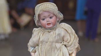 S21 Ep25: Appraisal: Hertel, Schwab & Co. Doll, ca. 1905