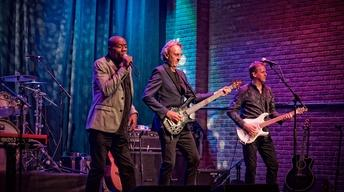 Mike + The Mechanics in Concert