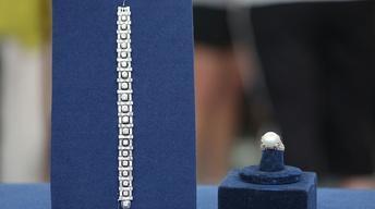 S22 Ep4: Appraisal: Diamond Bracelet & Van Cleef & Arpels Ri