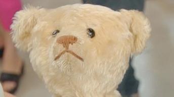 S21 Ep23: Appraisal: 1911 White Steiff Bear