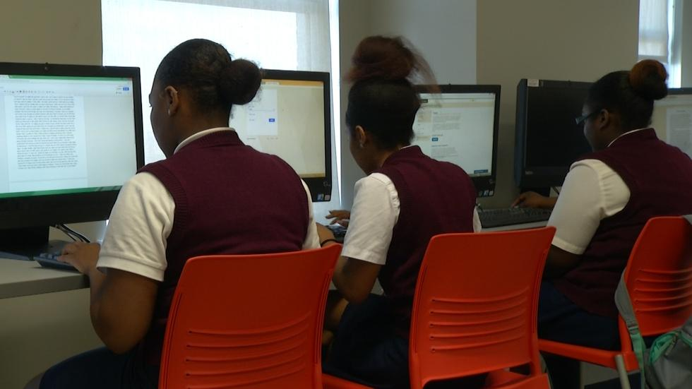 Camden charter offers all college classes to seniors image