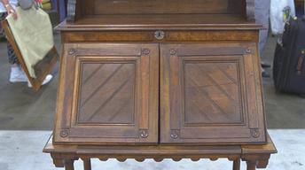 """S21 Ep24: Appraisal: Kearney & Wiggers """"Modern Gothic"""" Desk"""