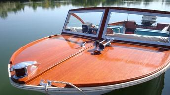 Wooden Boats, Wondrous Lakes