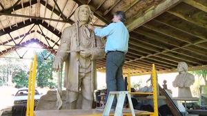 711 - Sculptor Garreth Curtiss - Chief Bemidji Statue