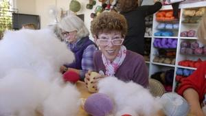Knitters Support Breast Cancer Survivors With 'Knitted Knock