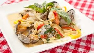 Clam and Prawn Linguine