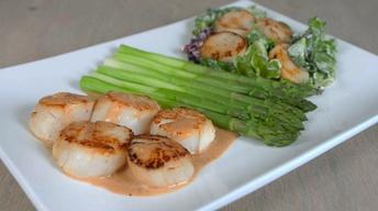 Scallops with Sundried Tomato Cream Sauce