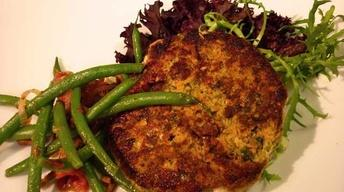 Salmon Cakes and Green Bean Salad