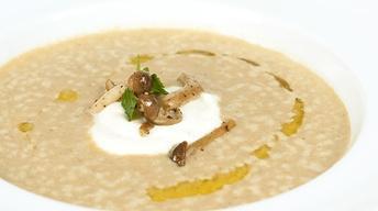 Wild & Creamy Mushroom Soup