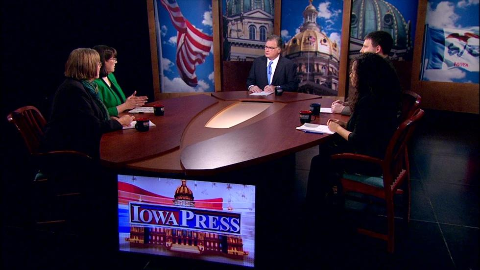Reporters' Roundtable image
