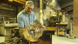April 7, 2016 | Explore glass blowing with Mark Suddeth