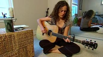 Singer/Songwriter Beth Wood