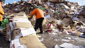 Senate leaders; recycling success in Minnesota