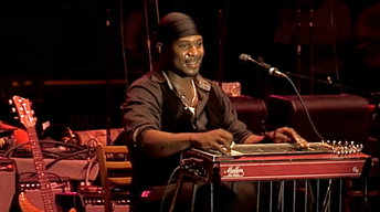 Robert Randolph performing at the 2012 Sioux Falls JazzFest