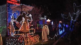 Christmas Tree Lane 2013: Walk Night 2