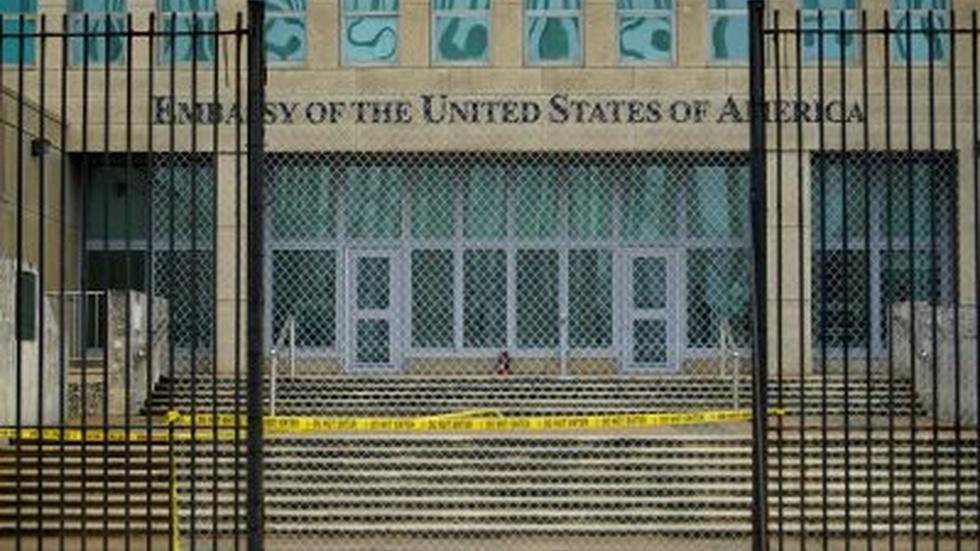 News Wrap: U.S. orders Cuban diplomats to leave image