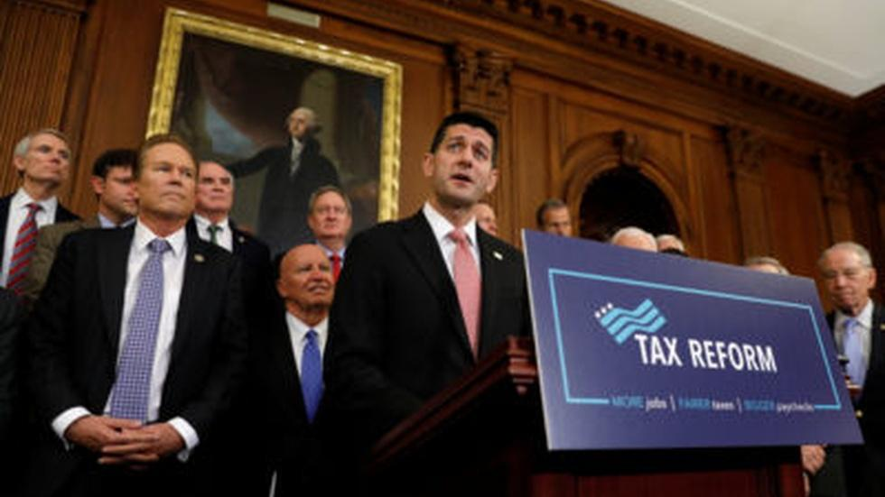 News Wrap: GOP tax bill runs into CBO roadblocks image