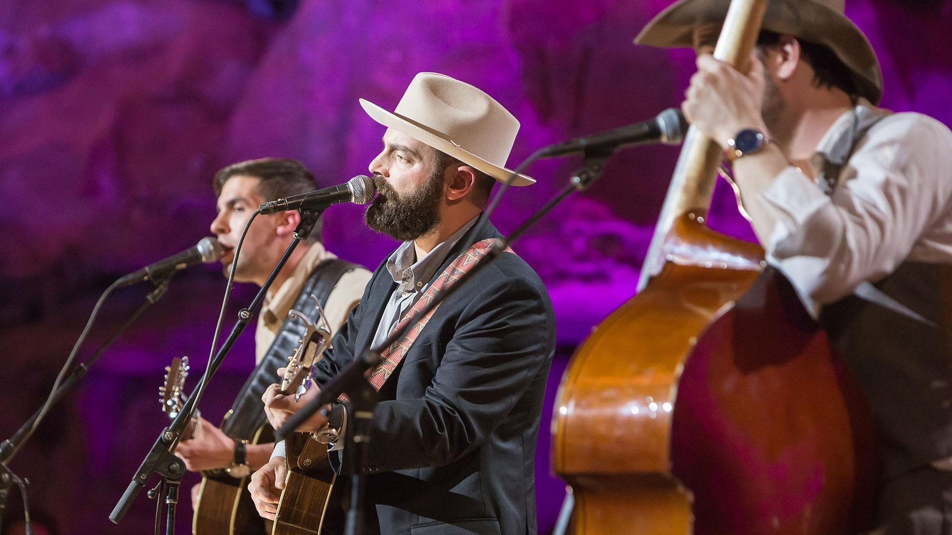 "Drew Holcomb & The Neighbors ""Mama's Sunshine, Daddy's Rain"""