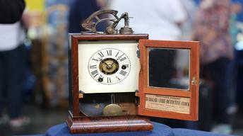S22 Ep11: Appraisal: Burglar & Fire Detective Clock, ca. 186