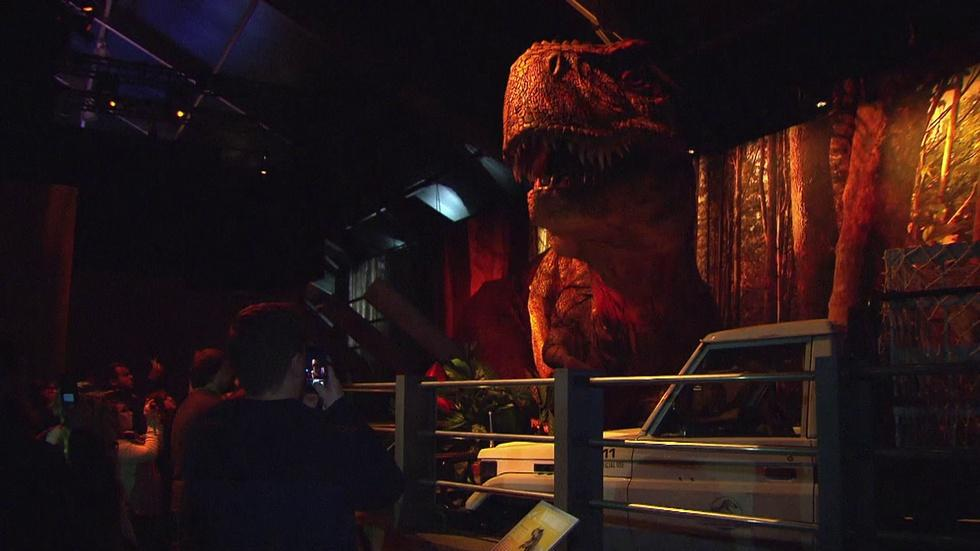 Giant Dinosaurs Frighten and Fascinate at 'Jurassic World' image