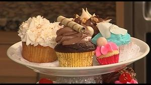 Amy's Table - Celebrate: Cupcakes