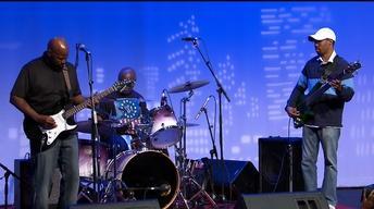 Johnnie Marshall Blues Band: Love To Play Them Blues