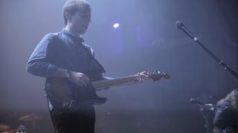 Bombay Bicycle Club - Overdone (Live)