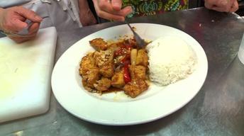 Neighborhood Kitchens: Pho Le's Tofu Xao Sa Ot