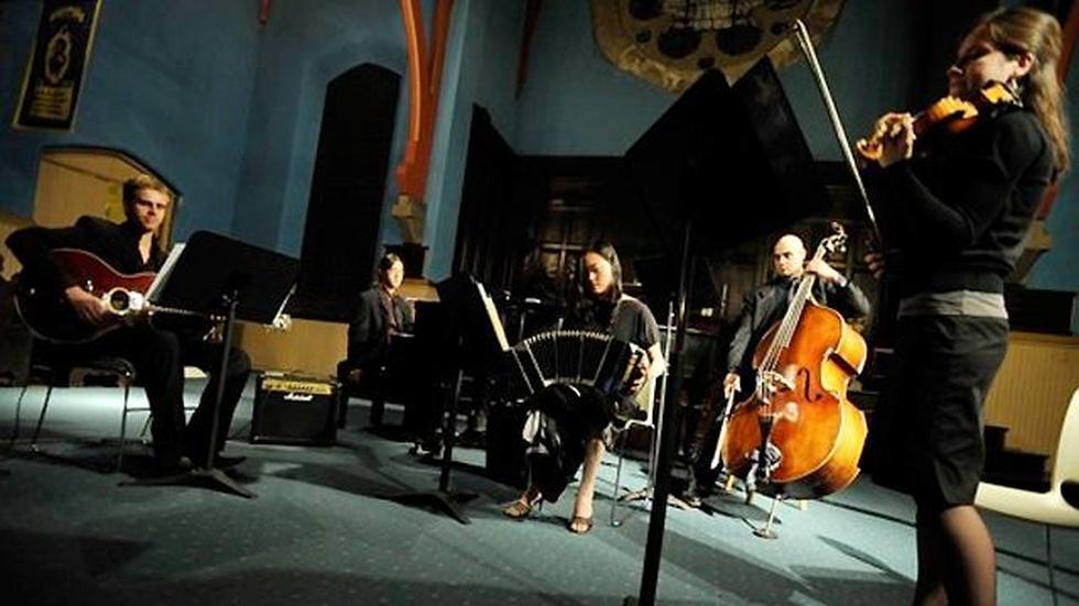 Oscuro Quintet image