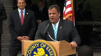 Christie's Weight Loss Surgery Becomes Fodder for Politics