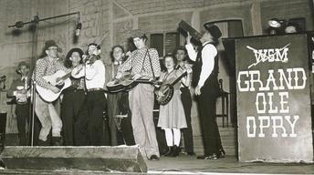 Nashville: The 20th Century in Photographs Volume 2