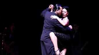 #102-Bare Feet With Mickela Mallozzi | It Takes Two to Tango