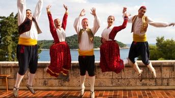 #104 Bare Feet w/Mickela Mallozzi |Croatia's Dalmatian Coast