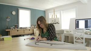 Episode 522- Poet Printmaker Valerie Perreault and more!