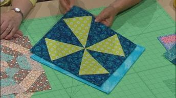 Fresh from the Clothesline: Quilts and Small Projects,...