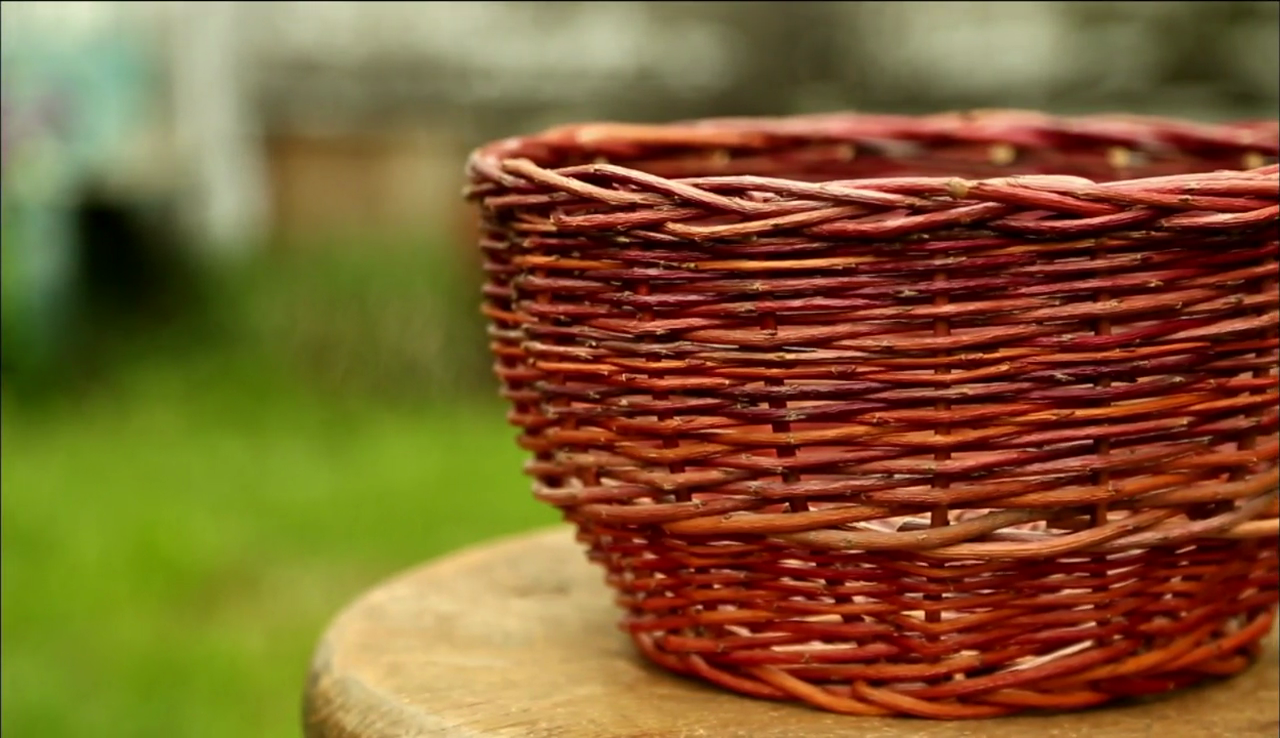 Willow Basket Weaving Dvd : Nature and nurture watch the weekly special