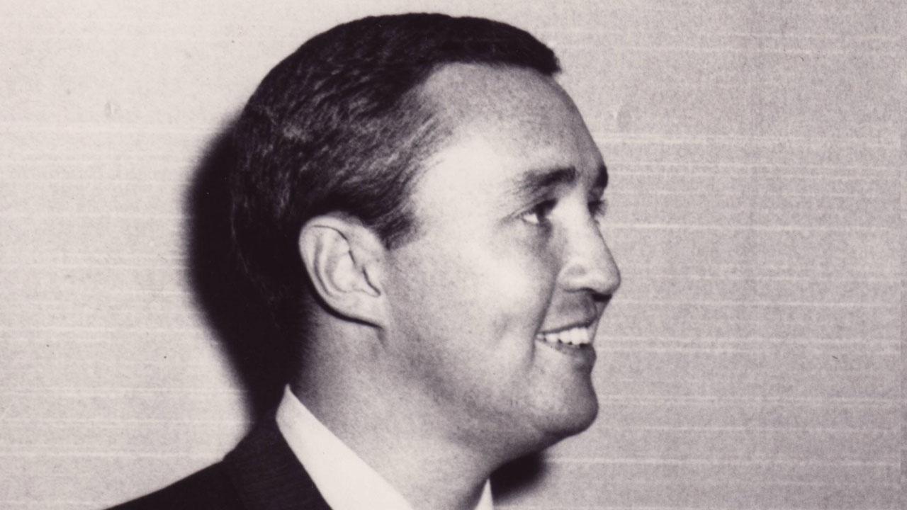 J. Gardner recalls how parent's felt about New Deal -1b image