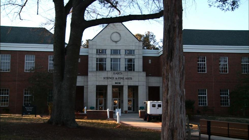 Gaston College image