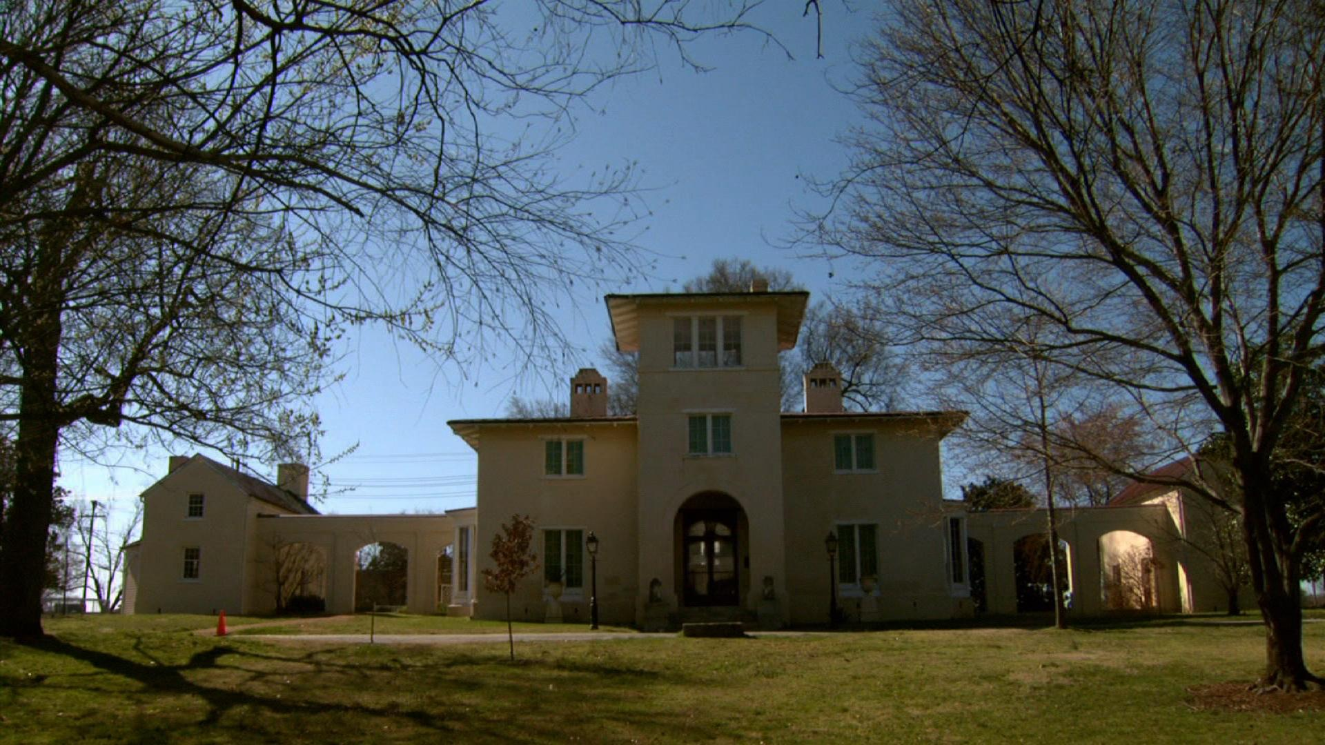 Blandwood Mansion image