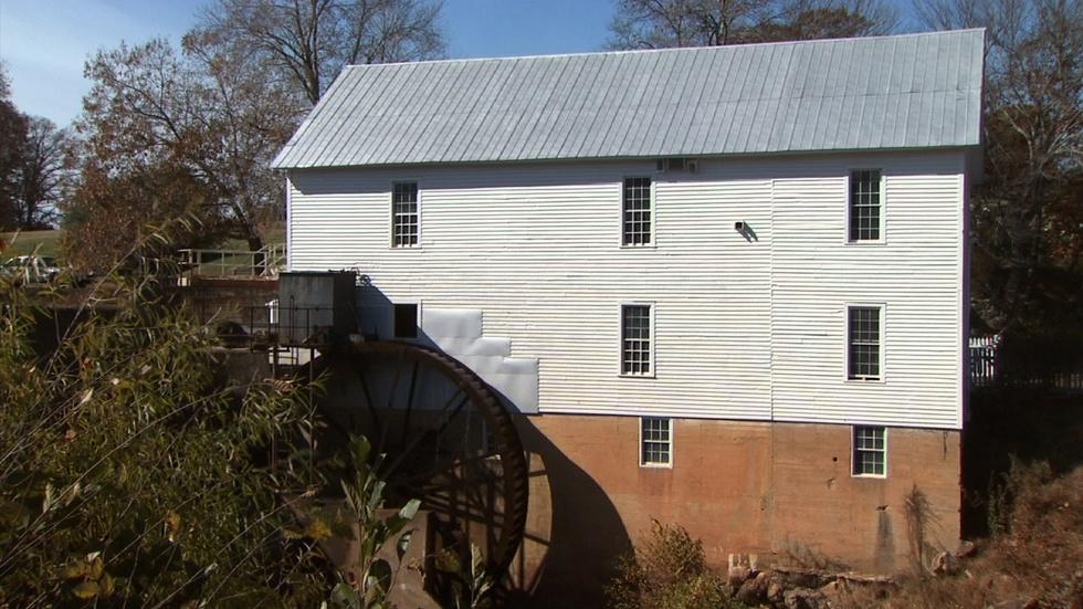 Historic Murray's Mill image