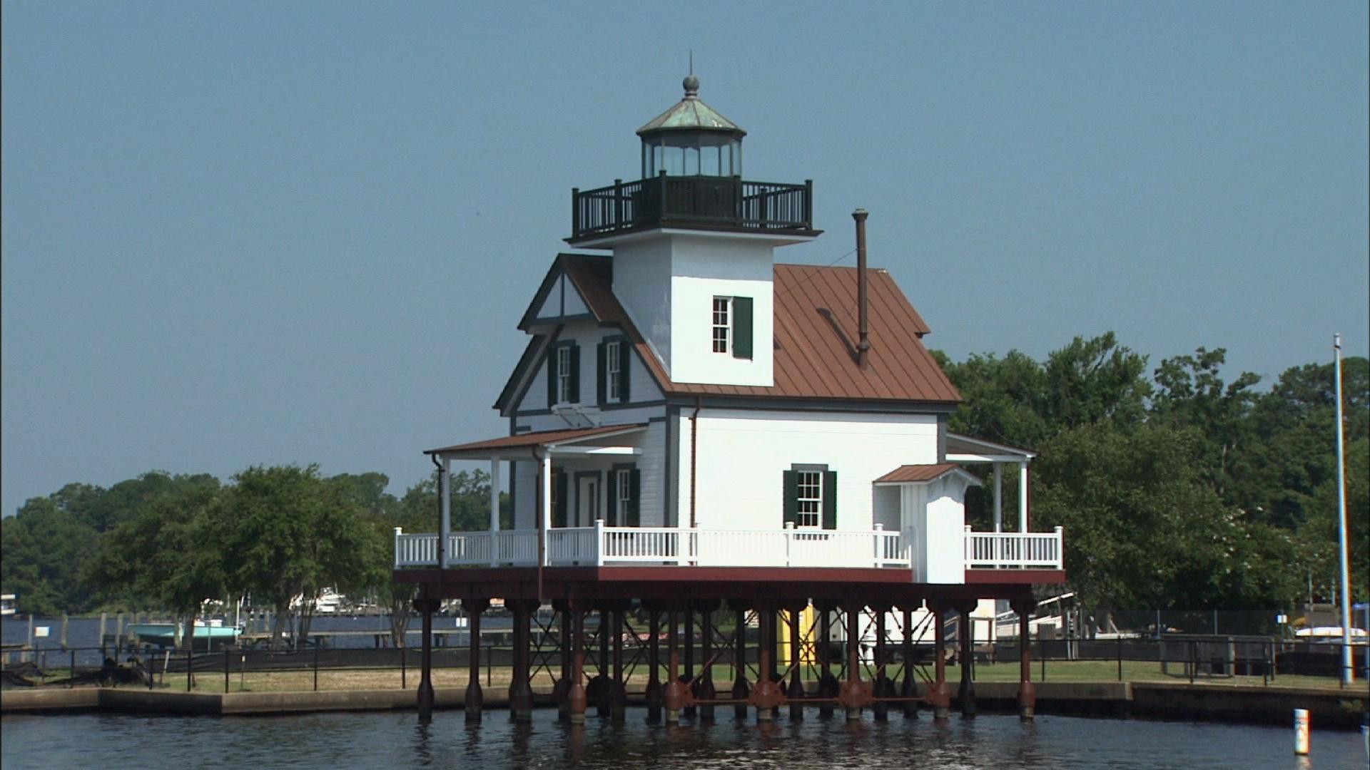 Roanoke River Lighthouse image
